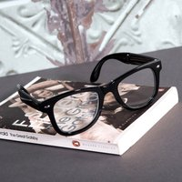 Retro Folding Reading Glasses - Reading Gifts