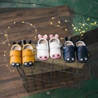 Adorable Bee-applique Velcro Shoes for Babies and Toddlers
