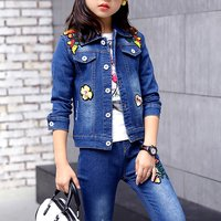 Girl's Pretty Appliques Denim Jacket and Jeans Set in Blue