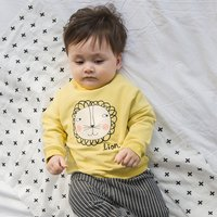 Adorable Lion Print Long-sleeve Top for Baby