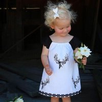 Sweet Lace Milu-deer Patterned Sleeveless Dress in White for Baby and Toddler Girls