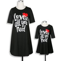 Mommy and Me Sweet Letter Printed Short-sleeve Dress in Black