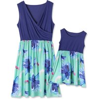 Mommy and Me Chic V-neck Floral Printed Matching Dress in Dark Blue