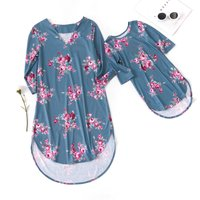 V-neck Flower Matching Dress for Mommy and Me