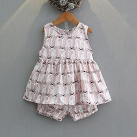 2-piece Pretty Rabbit Pattern Sleeveless Top and Shorts Set for Girls