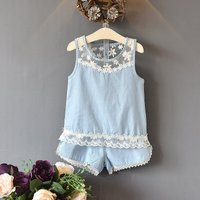 2-piece Elegant Floral Sleeveless Tank and Shorts for Baby Girls