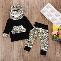 Baby's Long-sleeve Leopard Hooded Top and Pants Set