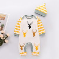 Reindeer Patterned Long Sleeve Jumpsuit and Hat Set for Baby