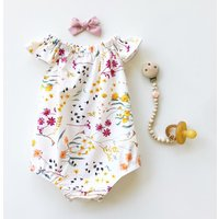 Pretty Floral Pattern Short-sleeve Bodysuit for Baby Girl( Without Accessory)