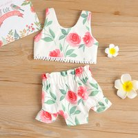 Fashionable Floral Printed Tee and Shorts Set for Baby