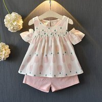 2-piece Lovely Pineapple Pattern Open-shoulder Top and Solid Shorts Set for Girl