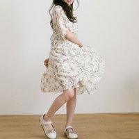 Beautiful Floral Short-sleeve Dress in Beige