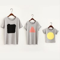 Stylish Geo Print Short-sleeve Family T-shirt in Grey