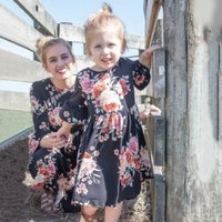 Pretty Floral Ruffle-sleeve Dress for Mommy and Me