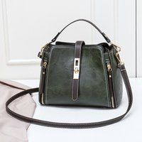 Trendy Bucket Shaped Zip-up Crossbody Bag