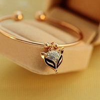 Elegant Fox Design Rhinestone Bracelet