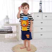 Comfy Cartoon Lion Print Striped T-Shirt and Shorts Set for Baby and Toddler