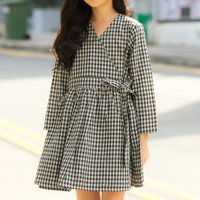 Sassy V-neck Long-sleeve Plaid Dress