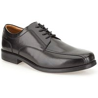 Clarks Beeston Stride Shoes