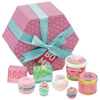 Bomb Cosmetics The Hat Box Gift Set