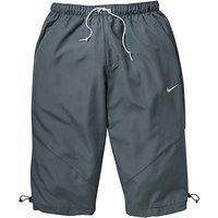 Nike Over Knee Sweeper Shorts