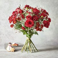 Ultimate Christmas Bouquet Gift Set Red