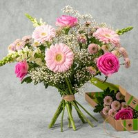 Pretty Patchwork Bouquet Pink