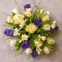 Scented Spring Garden Bouquet Purple, lilac or blue