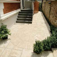 Old town Weathered limestone Paving set 6.12m²  Pack of 36