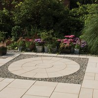 Textured Buff Paving set 4.52m²  Pack of 26