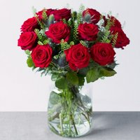 12 Luxury Red Roses - Bunches Gifts