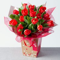 Red Tulips Gift Bag - Bunches Gifts