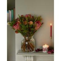 Christmas Cape Bouquet