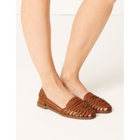 Woven Sandals brown