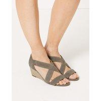 Suede Wedge Open Toe Sandals brown