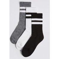 3 Pairs of Sport Socks with Freshfeet