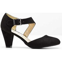 Buckle Strap Courts