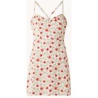 NA-KD Mini jurk met bloemenprint en ruches