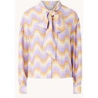 EDITED Patricia blouse met print en strikkraag