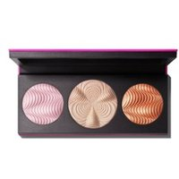 M·A·C Step Bright Up Extra Dimension Skinfinish Palette Light - Limited Edition highlighter
