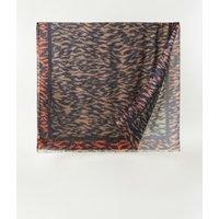 Ted Baker Popppiy sjaal met tijgerprint 190 x 110 cm