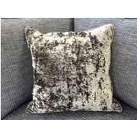 Product photograph showing Duresta Medium Scatter 48 X 48 Cm