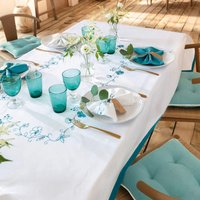 Pour la Table. Fond blancBroderies turquoise, finition  bordure turquoise 2cm 100% polyester Lavage à 30°
