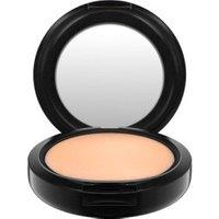 MAC Studio Fix Powder Plus Foundation - C 4,5 (15 g)