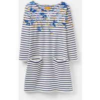 207609 Simple Tunic With Front Pockets