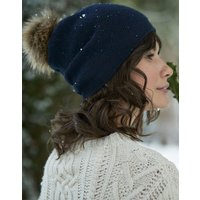 Snowday Lightweight beanie with pop-a-pom
