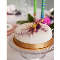 Classic Fully Iced Christmas Cake 7inch
