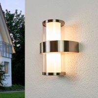 Timeless  beautiful Beverly LED outdoor wall light