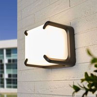 Square Armor LED outdoor wall light