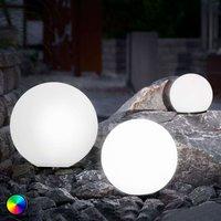 Set of 3 LED solar balls  colour change function